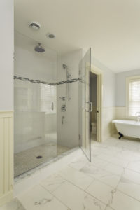 Custom Bathroom Features that Work For Your Custom Built Home