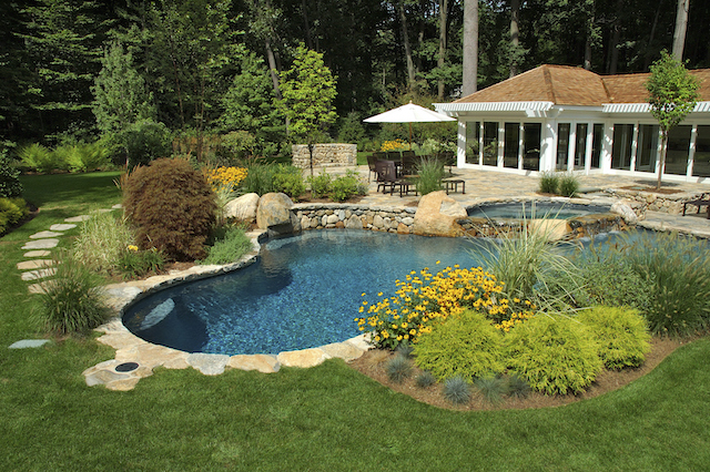 Summer Landscaping Ideas for Your Custom Home